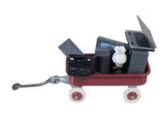 Κόκκινο σύνολο βαγονιών εμπορευμάτων της παλαιάς τεχνολογίας Στοκ Εικόνα