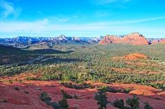 Κόκκινο τοπίο βράχου σε Sedona, Αριζόνα, ΗΠΑ Στοκ Εικόνες