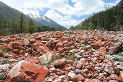 Κόκκινο τοπίο πετρών σε Riwuqie Στοκ Φωτογραφίες