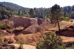 Κόκκινο τοπίο που σκάβεται από έξι γενεές των δημόσιων σχέσεων του Κολοράντο ανθρακωρύχων ocher Στοκ εικόνα με δικαίωμα ελεύθερης χρήσης