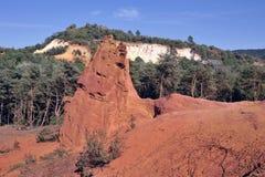 Κόκκινο τοπίο που σκάβεται από έξι γενεές των δημόσιων σχέσεων του Κολοράντο ανθρακωρύχων ocher Στοκ Εικόνες