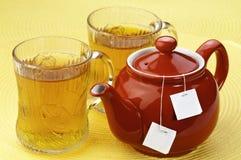κόκκινο τσάι δοχείων Στοκ φωτογραφία με δικαίωμα ελεύθερης χρήσης