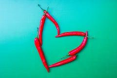 Κόκκινο τσίλι καρδιών Στοκ Εικόνα