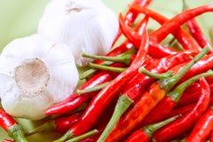 Κόκκινο τσίλι με το σκόρδο Στοκ Εικόνες