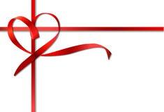 Κόκκινο τόξο κορδελλών καρδιών. Διάνυσμα Στοκ Φωτογραφία