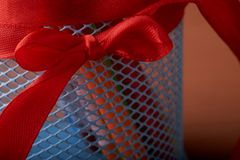 κόκκινο τόξο στα χρωματισμένα μολύβια conceps πίσω στο σχολείο Στοκ Εικόνες