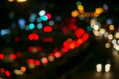 κόκκινο φως της κυκλοφοριακής συμφόρησης στο δρόμο έξω από την πόλη της εθνικής μέρας στοκ φωτογραφία με δικαίωμα ελεύθερης χρήσης