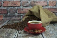 κόκκινο φλυτζανιών καφέ Στοκ φωτογραφίες με δικαίωμα ελεύθερης χρήσης