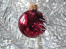 κόκκινο Χριστουγέννων μπιχλιμπιδιών Στοκ Φωτογραφία