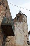 Κόκκινο χωριό, περιοχή ψαμμίτη σε Rousillon, νότια Γαλλία, Ευρώπη Στοκ Φωτογραφία