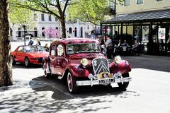 Κόκκινο Drive μπροστινός-ροδών της Citroen Στοκ Φωτογραφία