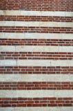 Κόκκινο Stripey και ταπετσαρία τούβλου στοκ φωτογραφία με δικαίωμα ελεύθερης χρήσης