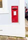 κόκκινο travle ταχυδρομικών κουτιών της Νορβηγίας Στοκ Φωτογραφίες