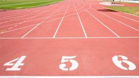 κόκκινο treadmill σταδίων Στοκ φωτογραφίες με δικαίωμα ελεύθερης χρήσης