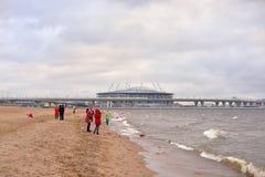 Κόλπος της Φινλανδίας της θάλασσας της Βαλτικής και του νέου σταδίου Αγία Πετρούπολη στοκ φωτογραφίες