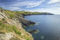 Κόλπος Onnen Carreg κατά μήκος της πορείας ακτών Pembrokeshire στοκ φωτογραφία με δικαίωμα ελεύθερης χρήσης