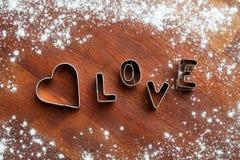 Κόπτης μπισκότων αγάπης Στοκ φωτογραφία με δικαίωμα ελεύθερης χρήσης