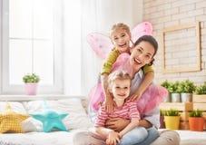 κόρες η μητέρα της Στοκ φωτογραφίες με δικαίωμα ελεύθερης χρήσης