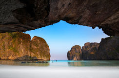 Κόλπος ή AO Maya, Krabi, η ομορφότερη παραλία της Maya στην Ταϊλάνδη Στοκ εικόνες με δικαίωμα ελεύθερης χρήσης