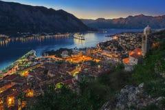 Κόλπος & ηλιοβασίλεμα Kotor στοκ εικόνα με δικαίωμα ελεύθερης χρήσης
