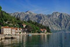 Κόλπος και βουνά Kotor στοκ φωτογραφίες με δικαίωμα ελεύθερης χρήσης