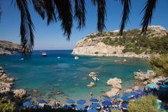 Κόλπος του Anthony Quinn και παραλία, Ρόδος σε Faliraki παραλία όμορφη Ελλάδα Στοκ Φωτογραφίες