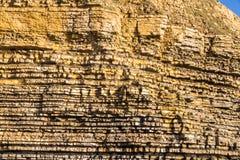 Κόλπος Dunraven, ή απότομοι βράχοι ασβεστόλιθων παραλιών Southerndown Στοκ εικόνες με δικαίωμα ελεύθερης χρήσης