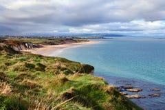 Κόλπος Portrush στη κομητεία Antrim, Βόρεια Ιρλανδία. Στοκ φωτογραφία με δικαίωμα ελεύθερης χρήσης