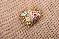 Κύβοι καρδιών διαμορφωμένο στο καρδιά αντικείμενο Στοκ φωτογραφία με δικαίωμα ελεύθερης χρήσης