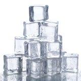 Κύβοι πάγου στον πίνακα Στοκ Εικόνα