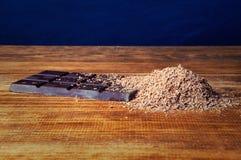 Κύβοι της σοκολάτας και της ξυμένης σοκολάτας Στοκ φωτογραφίες με δικαίωμα ελεύθερης χρήσης