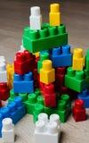 Κύβοι του σχεδιαστή παιδιών ` s Στοκ εικόνες με δικαίωμα ελεύθερης χρήσης