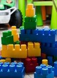 Κύβοι του σχεδιαστή παιδιών ` s Στοκ φωτογραφία με δικαίωμα ελεύθερης χρήσης