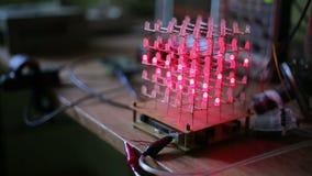Κύβος LEDs στο σκοτάδι απόθεμα βίντεο
