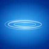 Κύκλος καπνού στο μπλε υπόβαθρο Στοκ Φωτογραφίες