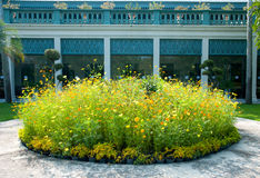 Κύκλος του κήπου λουλουδιών Στοκ φωτογραφία με δικαίωμα ελεύθερης χρήσης