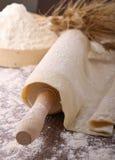 κύλισμα καρφιτσών ζύμης στοκ εικόνα με δικαίωμα ελεύθερης χρήσης