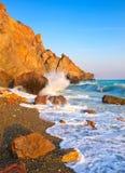 κύματα βράχων Στοκ Φωτογραφία
