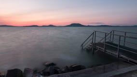 Κύματα βραδιού της λίμνης Balaton Στοκ εικόνα με δικαίωμα ελεύθερης χρήσης