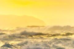 κύματα βόρειων ακτών Στοκ Εικόνες