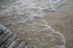 κύματα θαλασσίων περίπατω Στοκ φωτογραφία με δικαίωμα ελεύθερης χρήσης