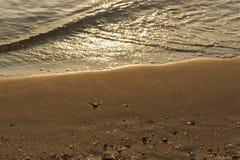 Κύματα και παραλία θάλασσας Στοκ Εικόνα