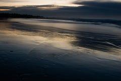 κύματα νύχτας Στοκ φωτογραφία με δικαίωμα ελεύθερης χρήσης