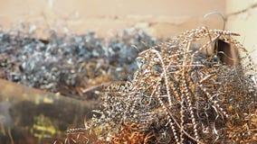 Κύματα ξυρίσματος μετάλλων στον αέρα απόθεμα βίντεο