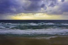 κύματα ουρανού θάλασσας ανασκόπησης Στοκ Εικόνες