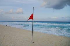 Κύματα στην ακτή της καραϊβικής θάλασσας, Μεξικό Riviera Maya Στοκ Φωτογραφίες