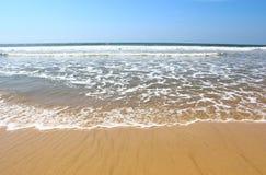 Κύματα στην ακτή του Ινδικού Ωκεανού, Koggala, Σρι Λάνκα Στοκ Εικόνα