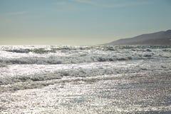 Κύματα στον ωκεανό Στοκ εικόνα με δικαίωμα ελεύθερης χρήσης