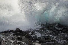 Κύματα της θάλασσας Στοκ εικόνες με δικαίωμα ελεύθερης χρήσης