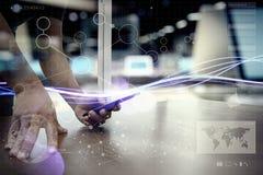 Κύματα του μπλε φωτός και του επιχειρηματία που χρησιμοποιούν στο smartphone ως conce Στοκ φωτογραφία με δικαίωμα ελεύθερης χρήσης